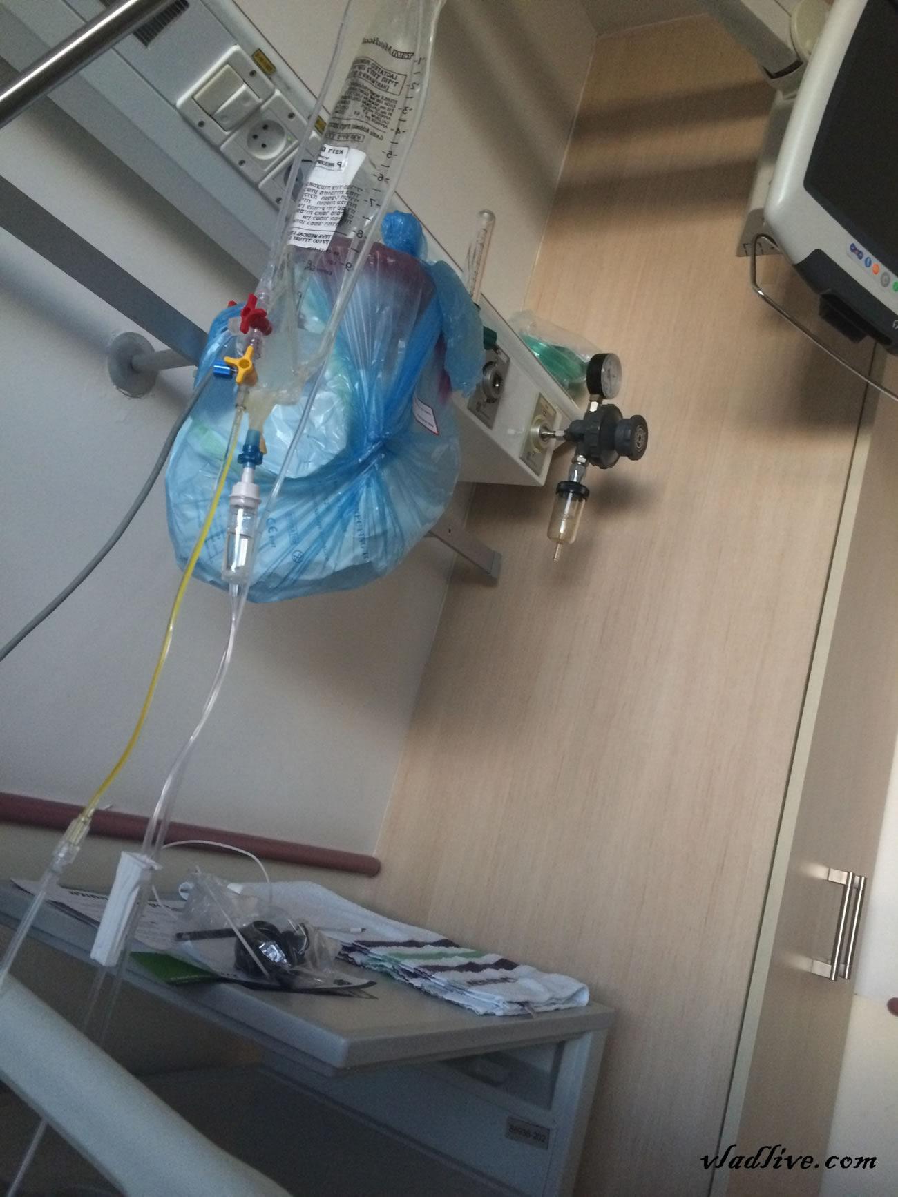 Клиника Ассута. За кроватью