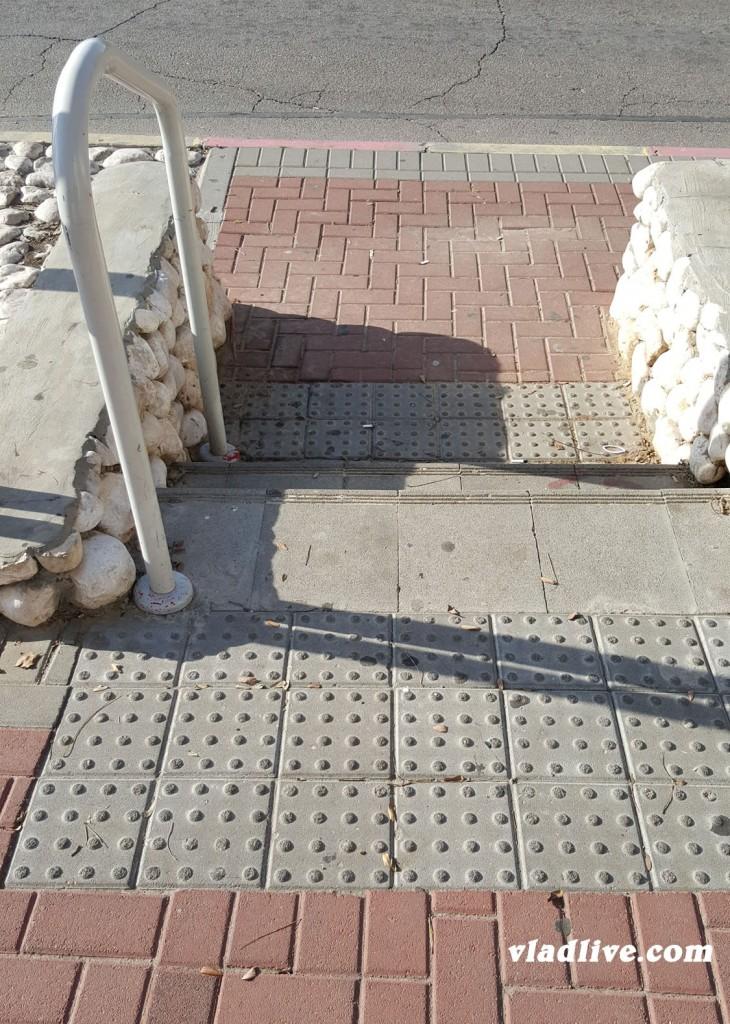 Пешеход в Израиле - это ихнее всё