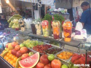 Рынок Кармель, фрукты